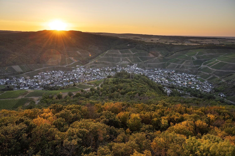 Sonnenuntergang in Dernau