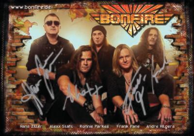 Bonfire - signierte Autogrammkarte