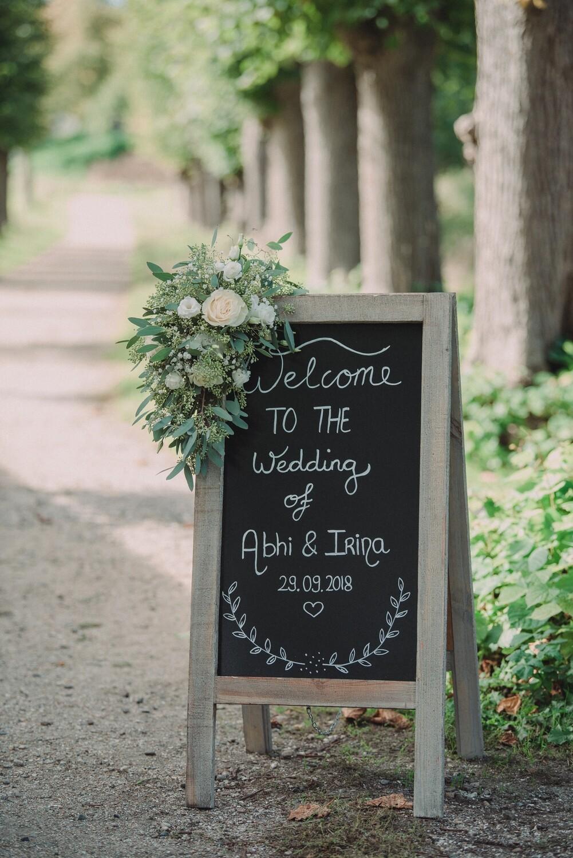 Bloemen toef klapbord (huur klapbord € 35,-)