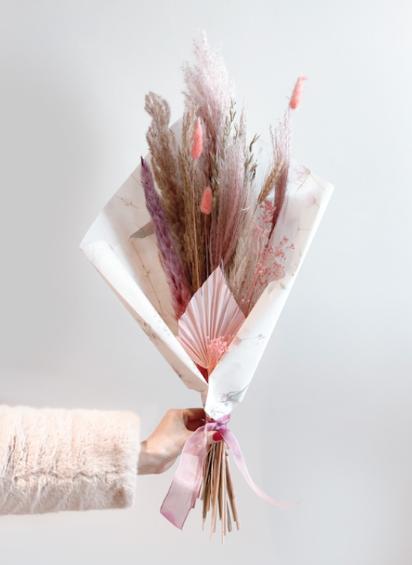 Droogbloemen boeket Pink met unieke kaart naar keuze