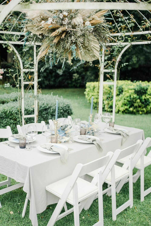 Light blue collectie: Flowercloud om op te hangen tijdens ceremonie, feest en/of diner