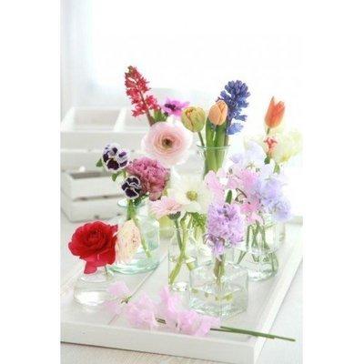 Fleurige lente vaasjes