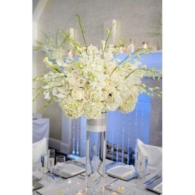 Centerpiece white