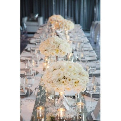 White centerpiece