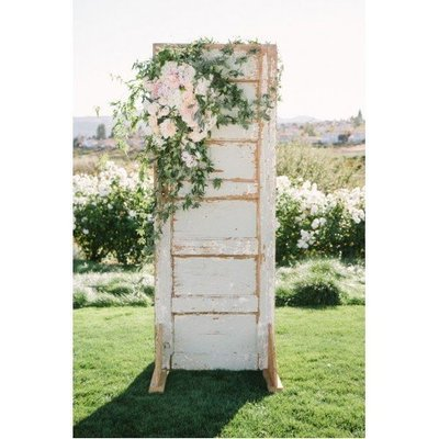 Rustic ceremony back drop