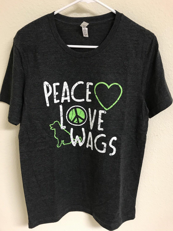 Peace Love Wags Men's T-shirt