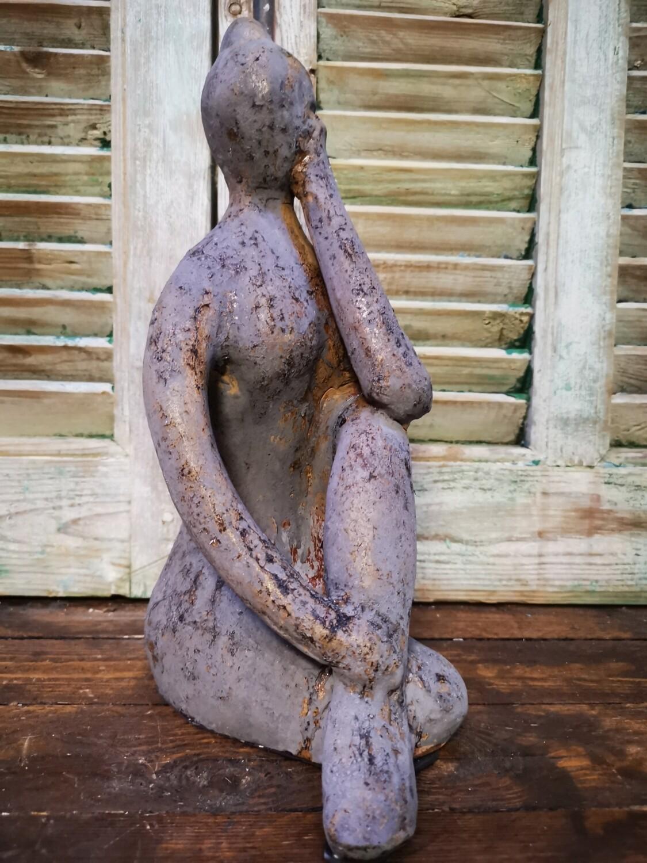 Vrouwenbeeld Yoga denken