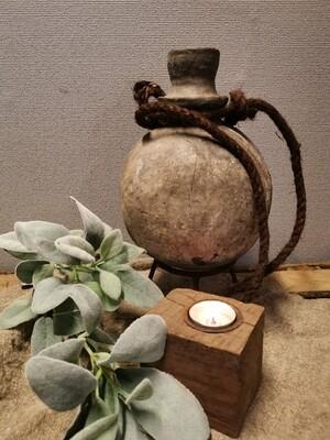 Oude stenen sural kruik #2