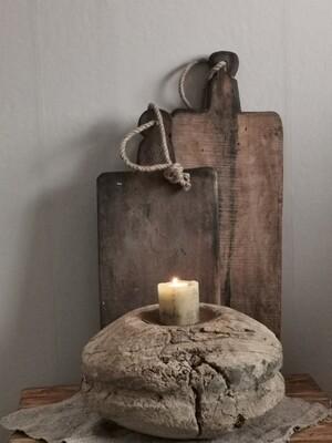 Oude houten pully kaarsenhouder