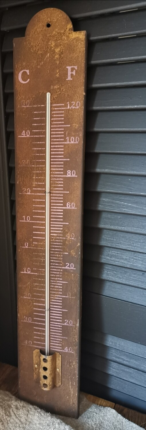 Roestige buiten thermometer