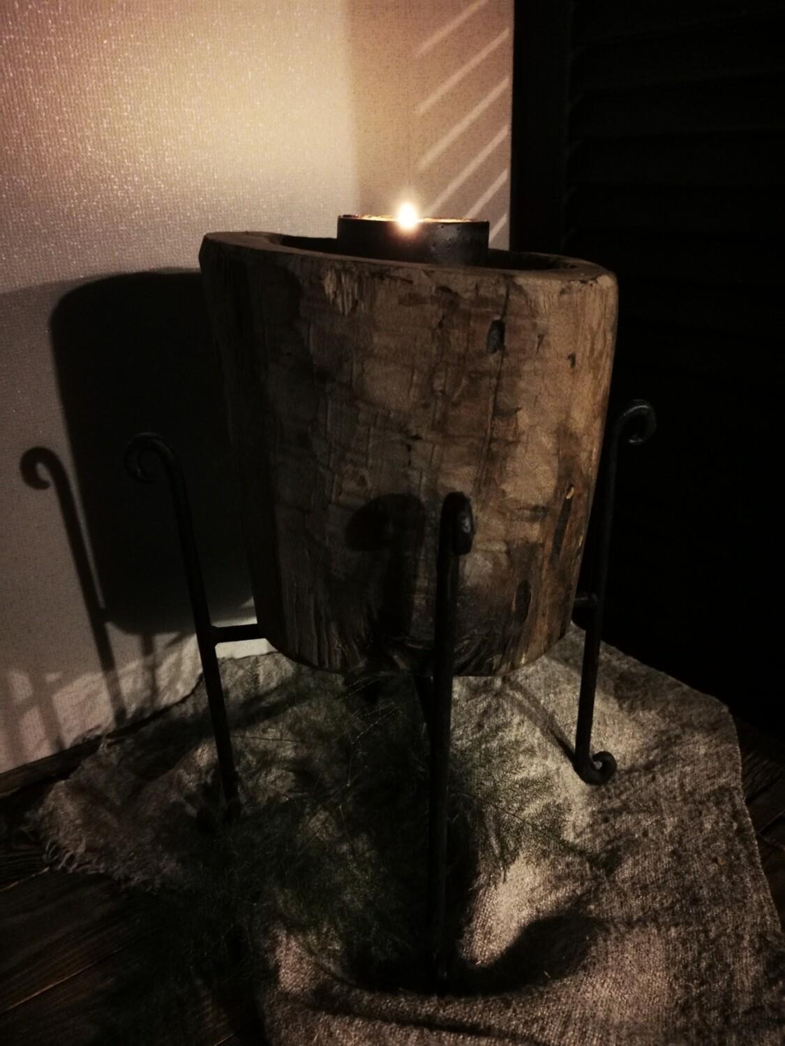 Vijzel kandelaar op metalen voet #2