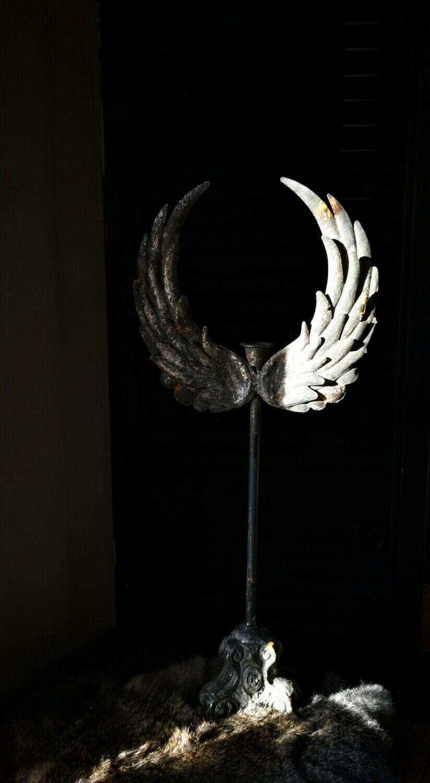 Metalen kandelaar engelen vleugel L