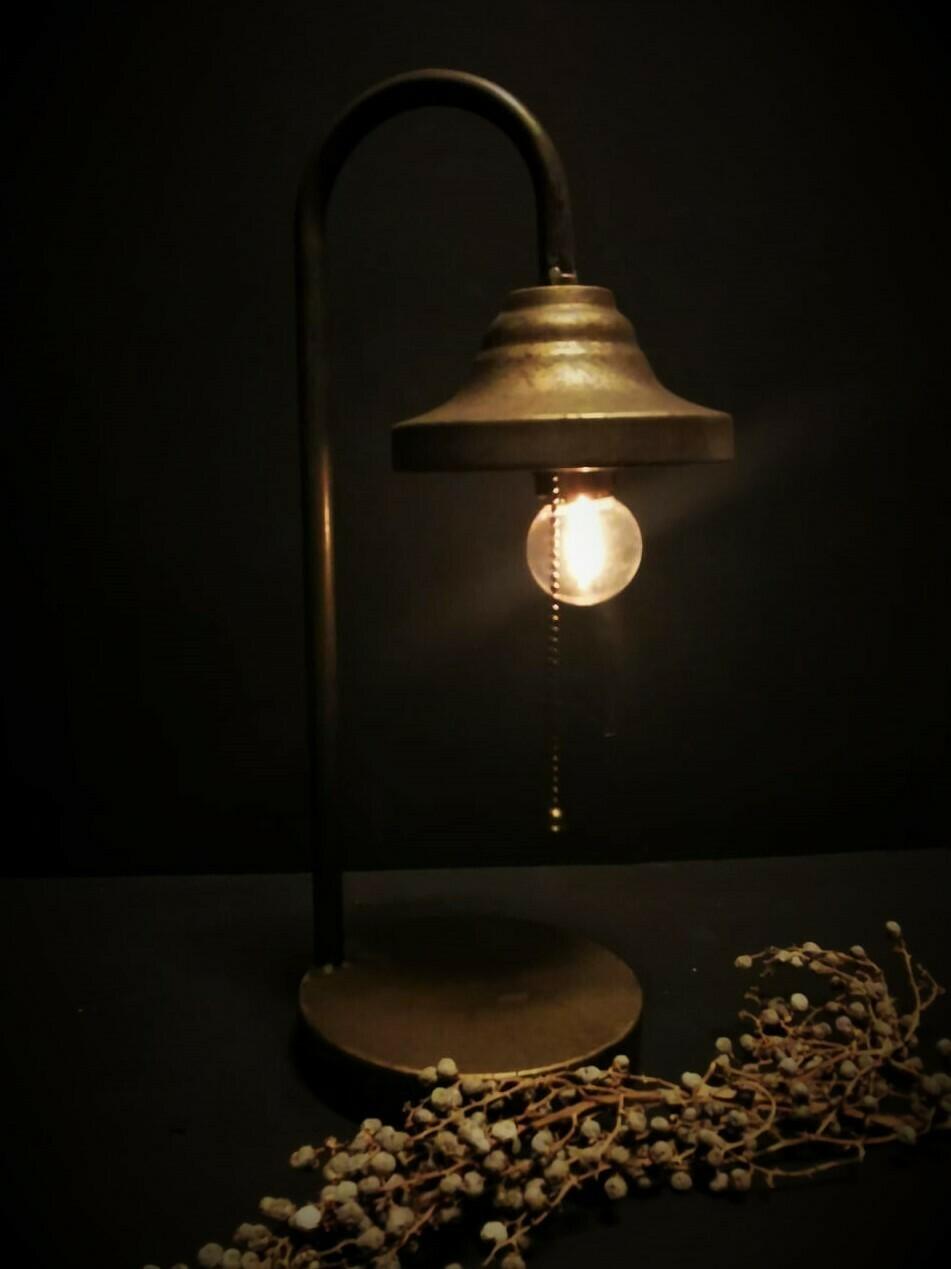 LED tafellamp op batterijen