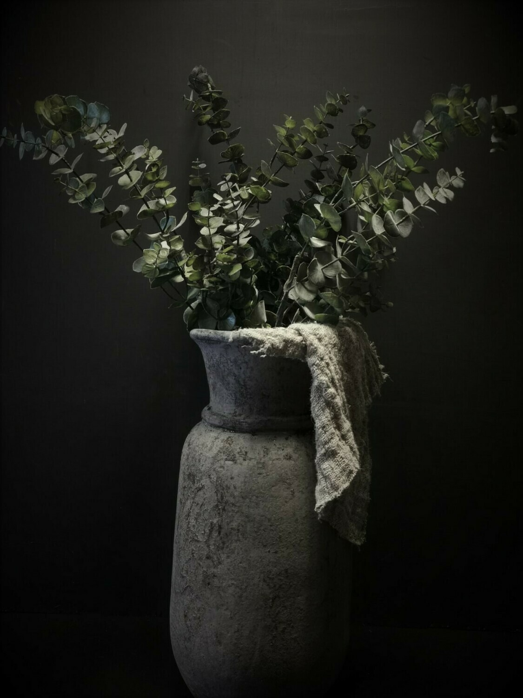 Grijze stenen vaas