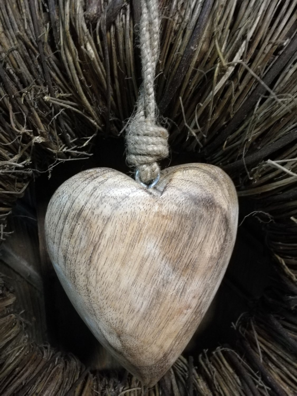 Houten hart aan touw 15cm