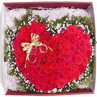 Red rose heart box #73
