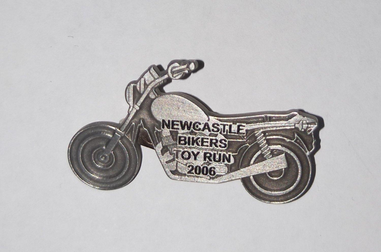 2006 Metal Badge (safety pin)