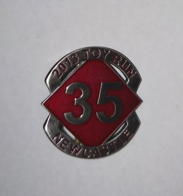 2013 Commemorative Badge (screw post)