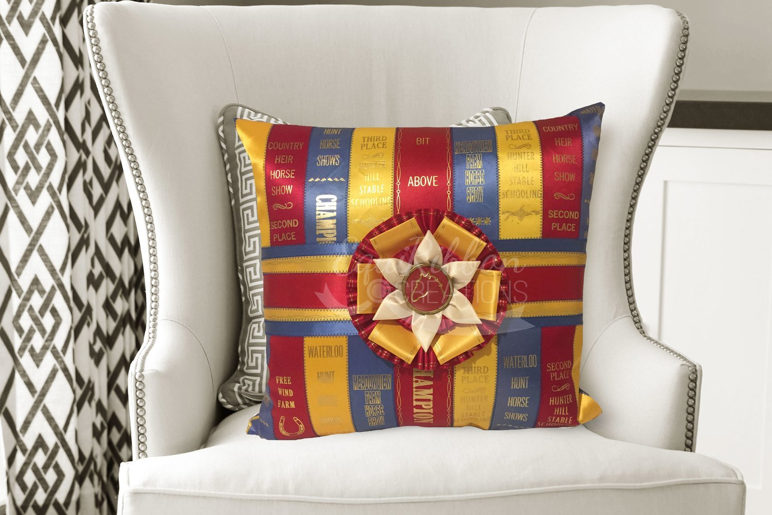 Ribbon Pillow - The Classic