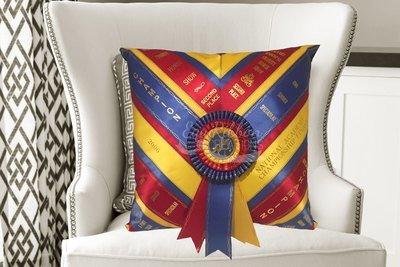 Ribbon Pillow - The Neck Sash