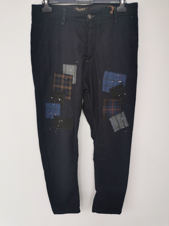 Pantalone con patch