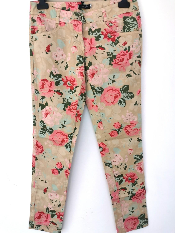 Pantalone floreale stile jeans