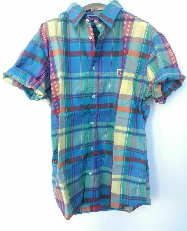 Short-sleeved checked shirt