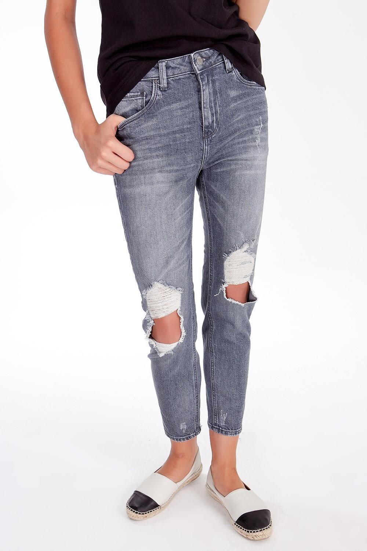 Jeans slim a vita alta