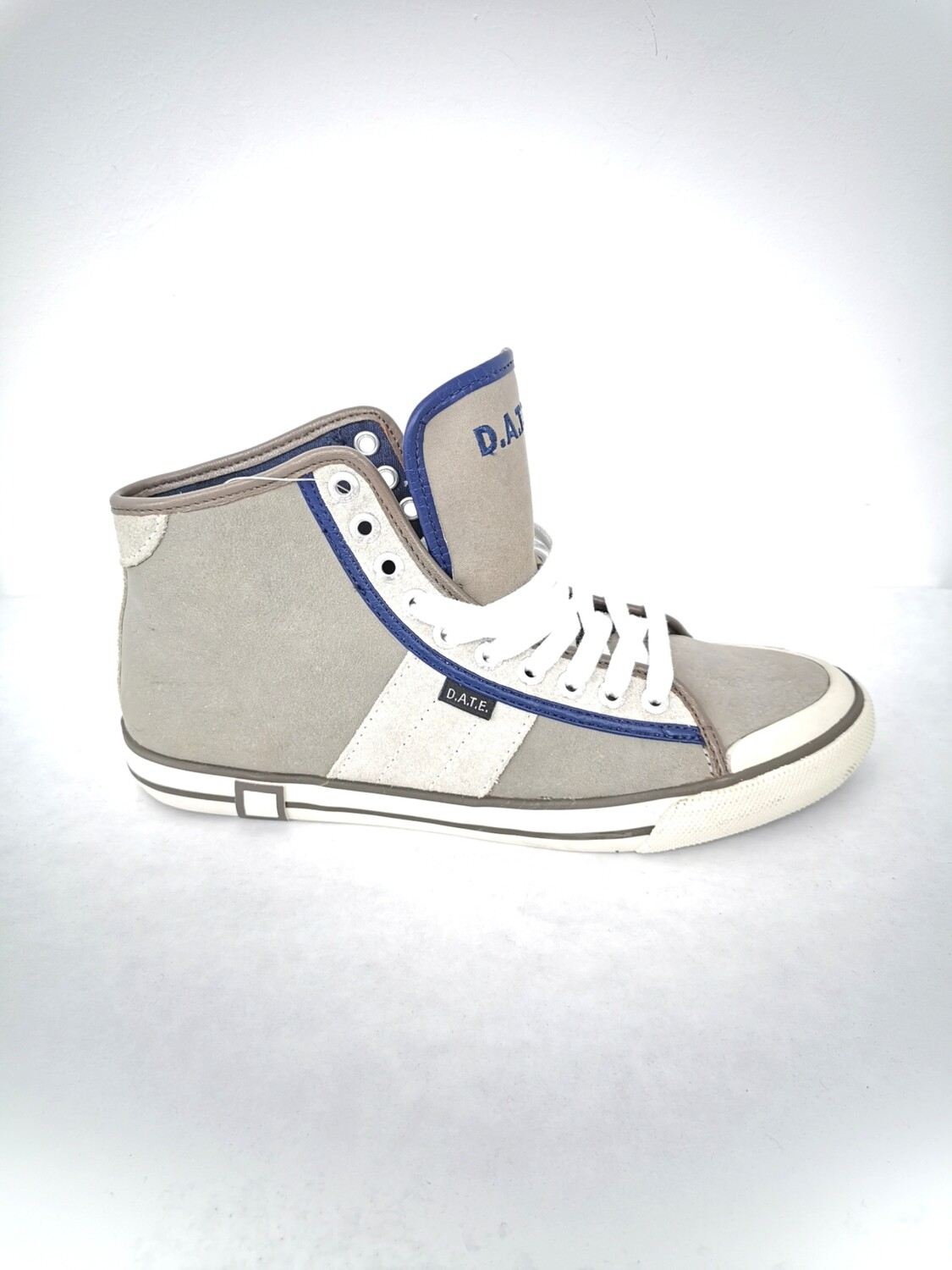 D.a.t.e. high sneakers