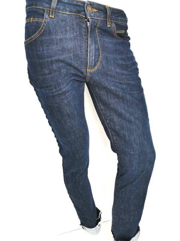 Jeans with side bands