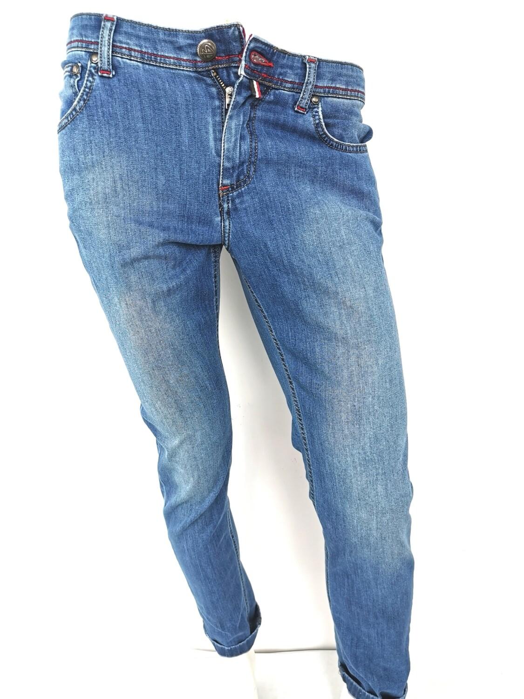 Jeans super slim in denim sottile