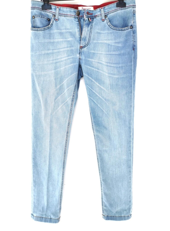 Jeans chiaro super slim in denim sottile