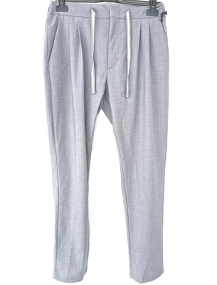 Pants in fresh wool with pleats