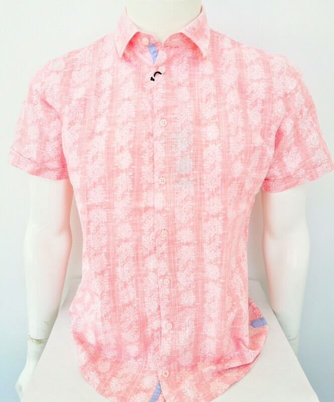 Half sleeve shirt with reverse print