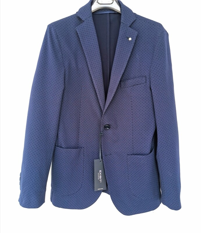 Stretch jacket with Milan stitch fabric