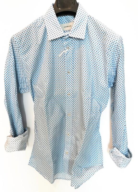 Slim fit flower print shirt
