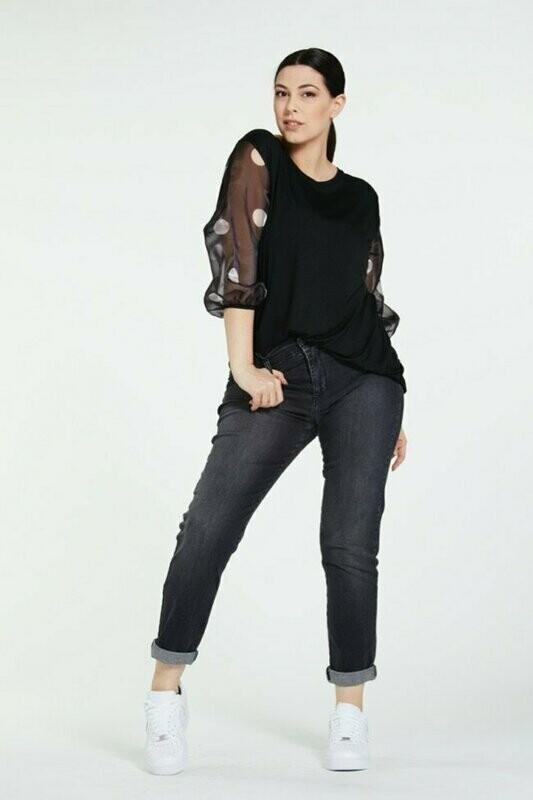 Long shirt with organza sleeves