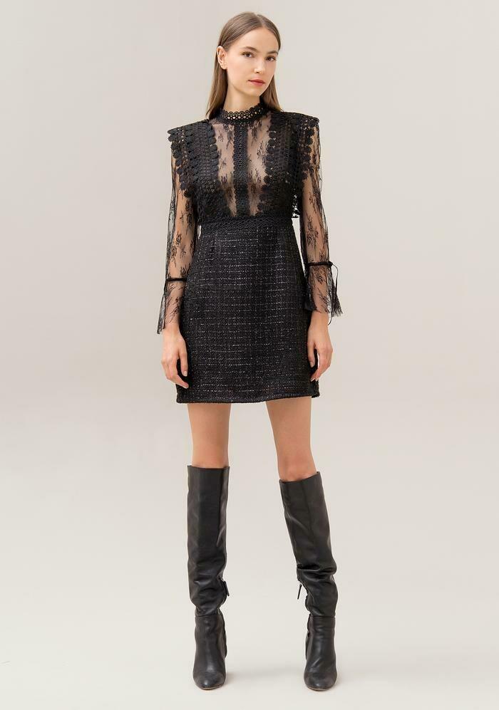Regular mini dress in a mix of fabrics
