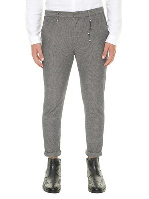 Micro-patterned chinos trousers