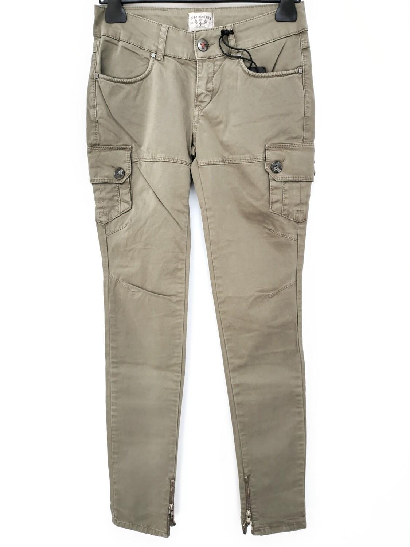 Pantaloni skinny con tasche laterali