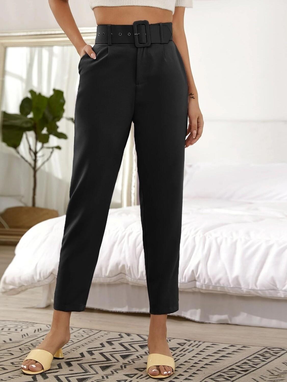 Pantalone vita alta con cintura