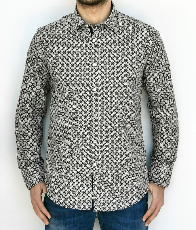 Regular slim fit shirt