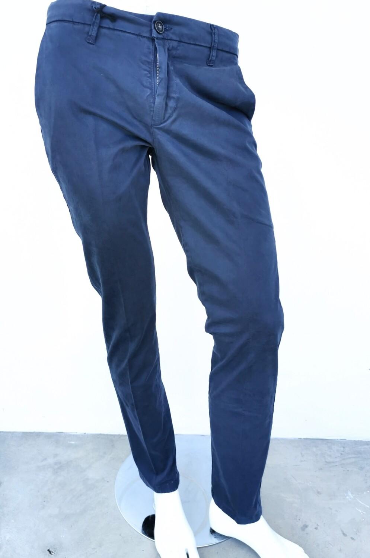 Pantalone chino super slim in raso di cotone