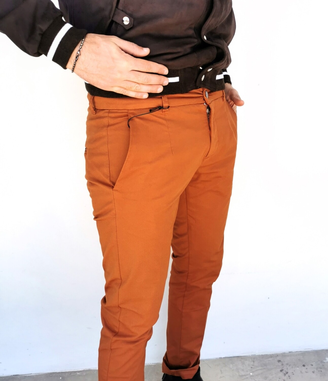 Pantalone chino in gabardina stretch