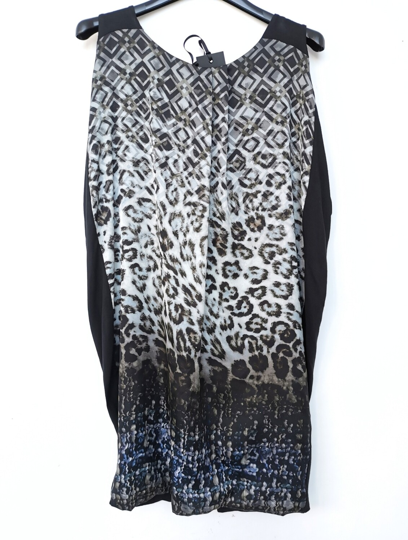 Sleeveless dress with double fabric animal print
