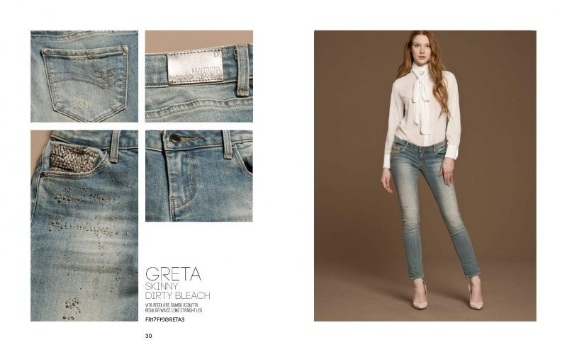 Jeans super slim con strass