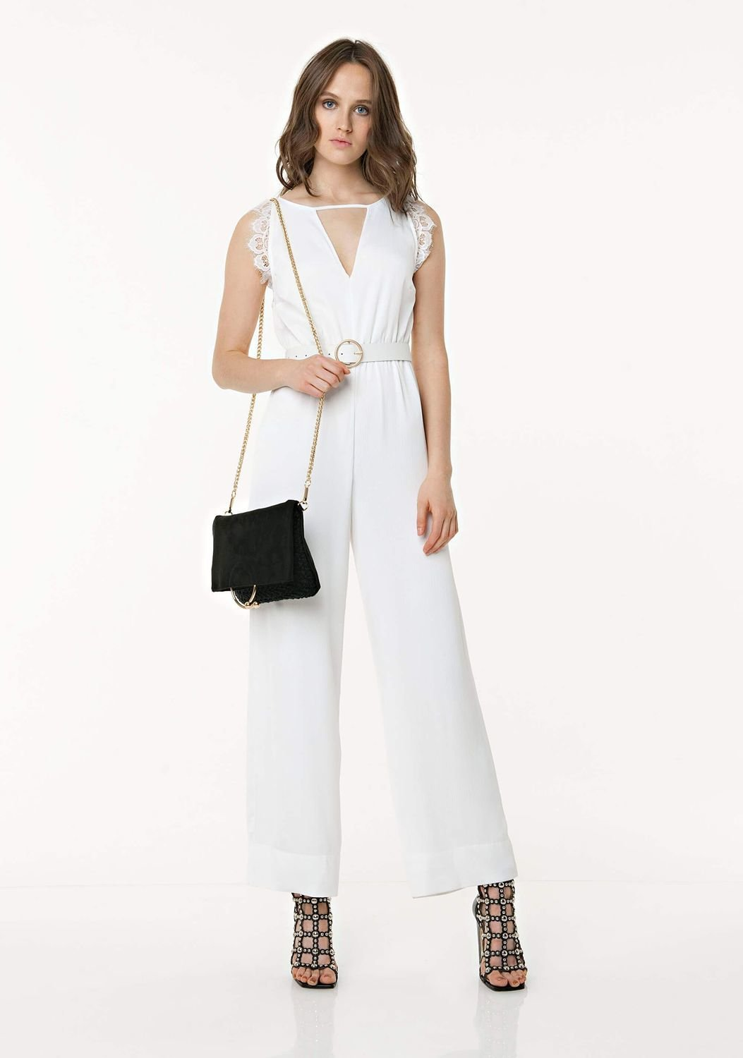 Jumpsuit with lace on the back