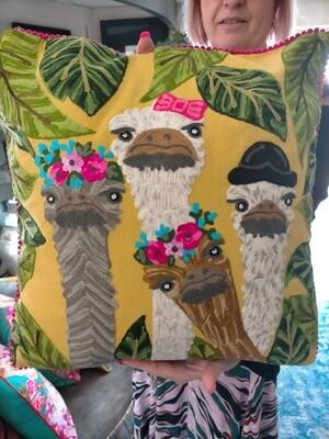 Cushion : Crazy Emu