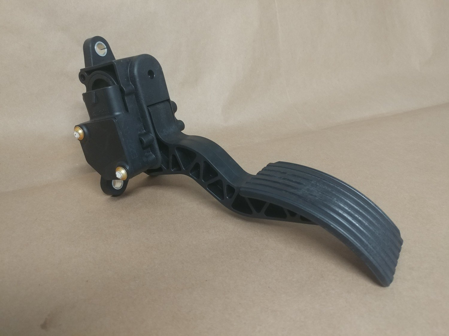 Throttle Pedal Assembly