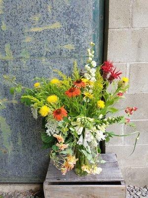 Seasonal Arrangement in glass vase, Large